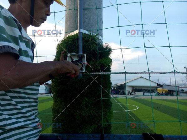 Thi công điện sân bóng đá