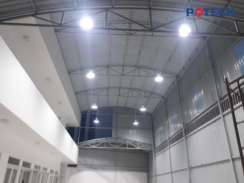 Lựa chọn đèn LED High Bay thay thế các hệ thống chiếu sáng thông thường