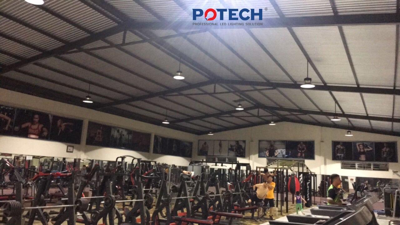 Đèn LED high bay phòng gym