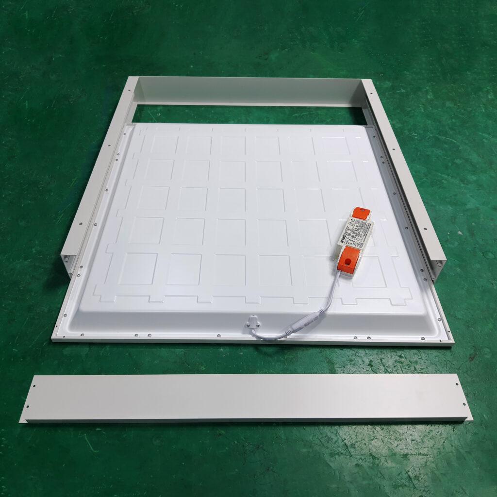 Khung ốp nổi đèn panel (1)