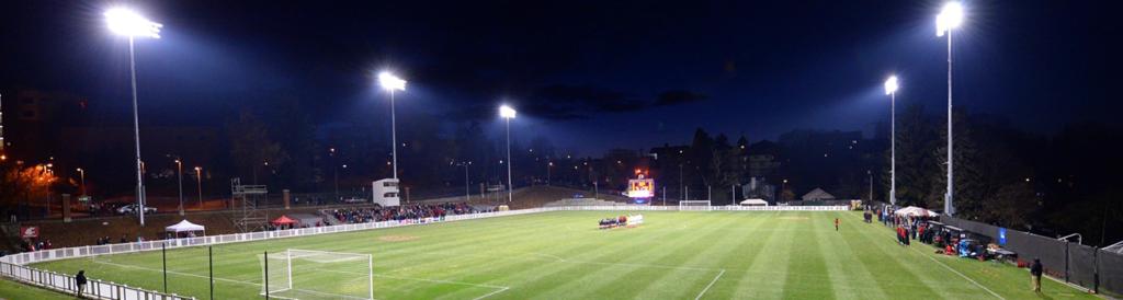Hướng dẫn chiếu sáng sân bóng đá 2