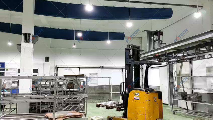 Đèn LED nhà xưởng công ty thực phẩm Vinh Anh