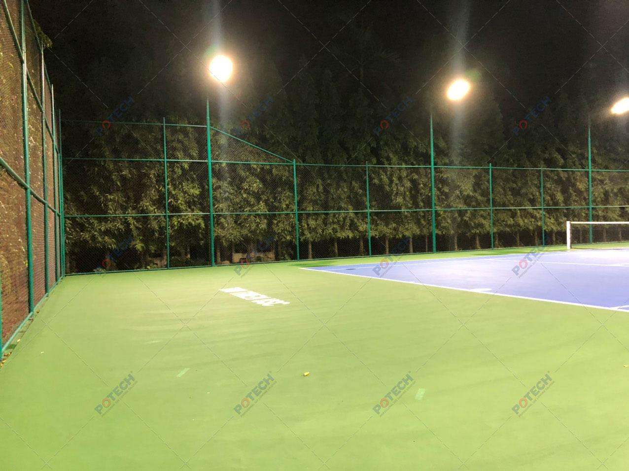 Đèn LED sân tennis thủ thiêm usc